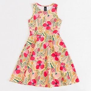 NWT! Agnes & Dora Full Bloom Yellow Fisher Dress